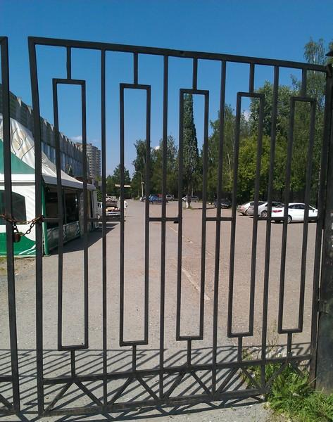 Секционные гаражные ворота «DoorHan» в Перми